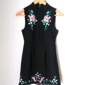 Romeo & Juliet couture black lace dress Size S